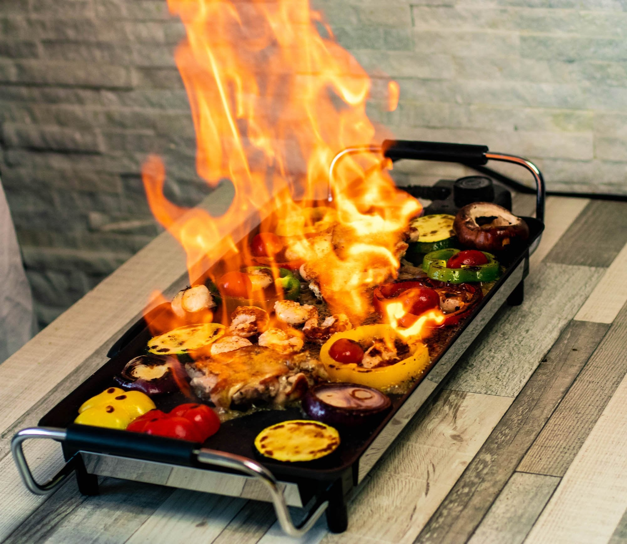 The Teppantastic Electric Teppanyaki Grill