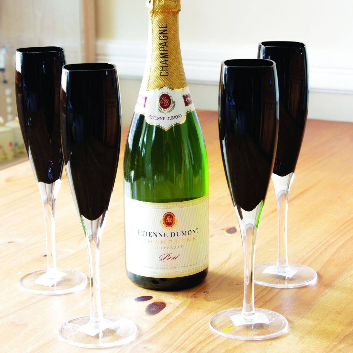 Set of 4 Champagne Glasses