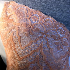 "Stretch Lace #231, Dyeable 9 1/4"" Zigzag lace"