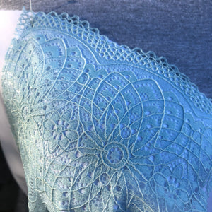 "Stretch Lace #233, 9 1/4"" Dyeable Geometric Flower lace"