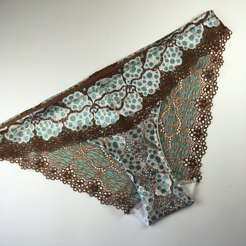 Lagoon Lace Panty Kit