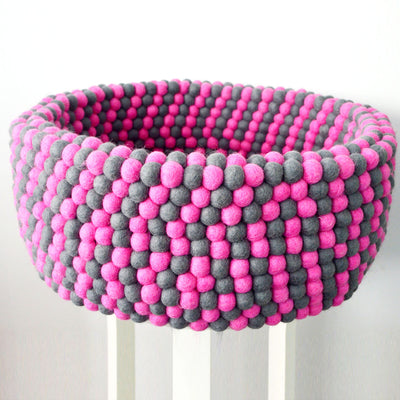 Felt Ball Dog Bed