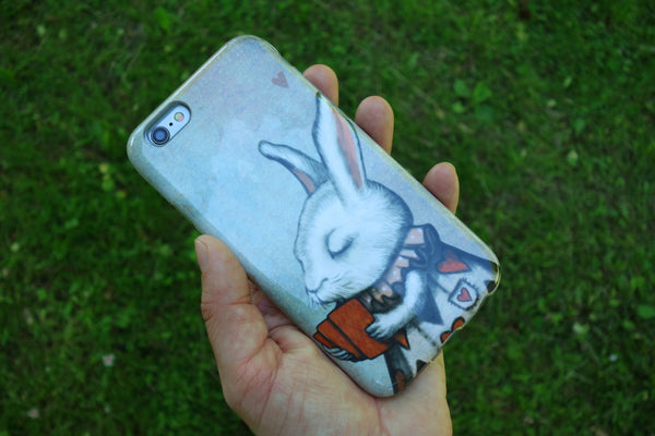 "iPhone cover ""Unlucky at cards, lucky in love"" (Hare)"