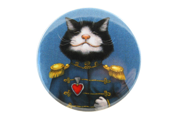 "Badge ""All's fair in love and war"" (Cat)"