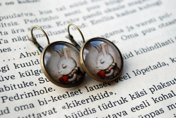 "Earrings ""Unlucky at cards, lucky in love"""