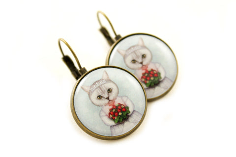 "Earrings ""Don't marry a girl who wants strawberries in January"""