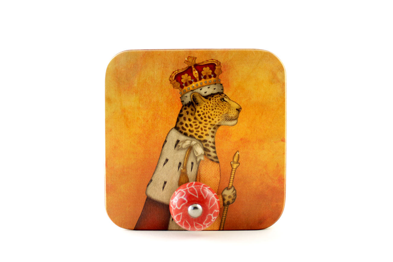 "Wall hanger ""In every woman there is a queen"" (Leopard)"