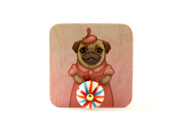 "Wall hanger ""A full stomach makes a happy heart"" (Pug)"