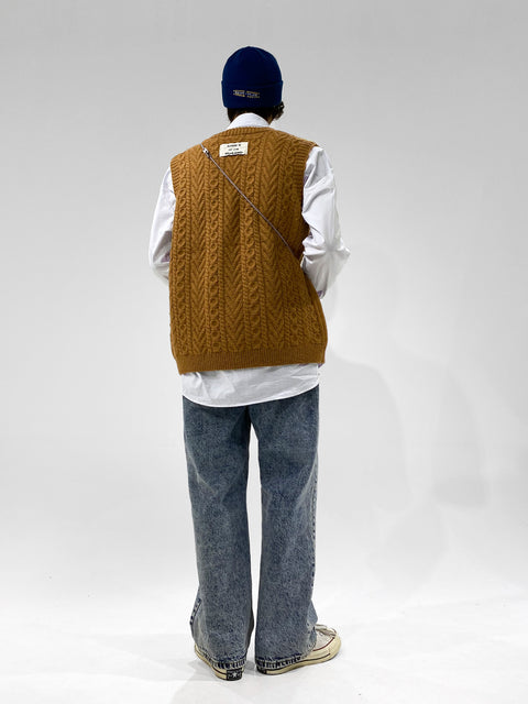 Bibi Essential Pine Textured Sweater Vest - OH 2X Asia's Trending Streetwear OH2X