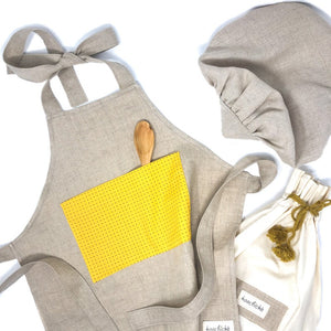 Kids apron with yellow pocket