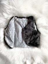 Load image into Gallery viewer, Faux Fur Vest [Gray] (FINAL SALE!)