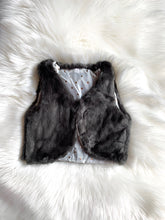 Load image into Gallery viewer, Faux Fur Vest [Gray]