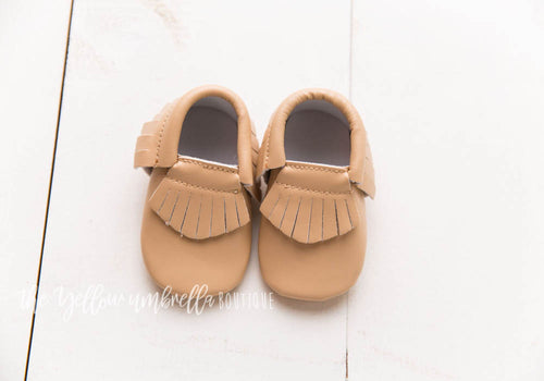 Faux Leather Fringe Moccasins [Tan]