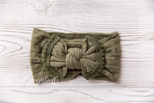 Cable Knit Pom Pom Nylon Headwrap [Olive Green]