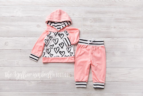 Girl Hoodie Outfit [Hearts]