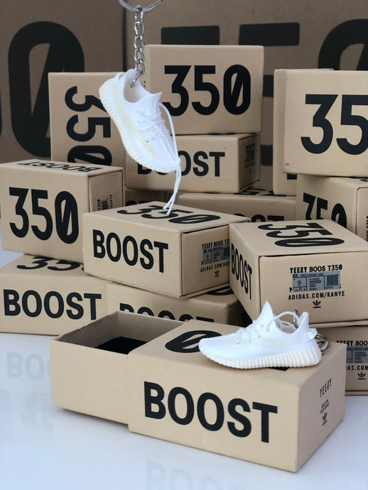YEEZY BOOST 350 V2 CREAM WHITE 3D