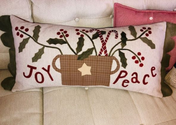 JOY AND PEACE CHRISTMAS PATTERN