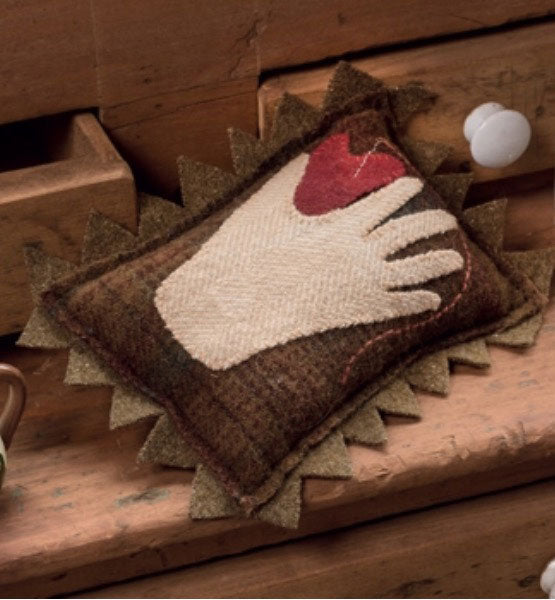 Close at Hand Primitive Pincushion Kit