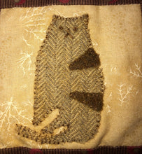 Load image into Gallery viewer, Mini Wool Block Quilt Weekly Sew Along - Block 9 Cat