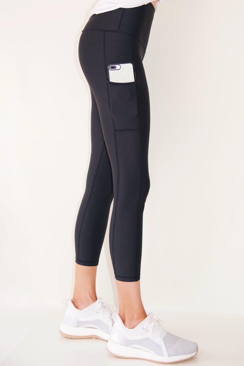"the ""Jess"" black cell phone pocket black leggings - side view - recoverywear clothing"