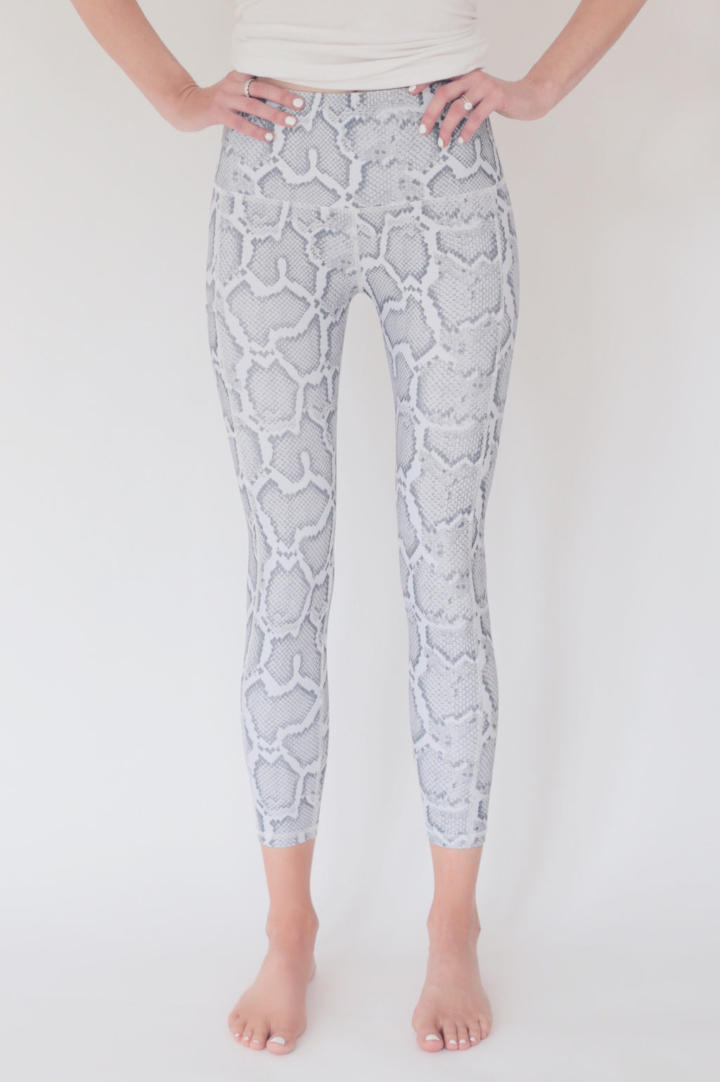 "the ""jess"" high waisted 7/8 leggings in snakeskin print - recovery wear clothing"