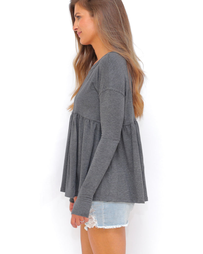 "the ""louis"" peplum top - recovery wear clothing - side view - heathered gray"