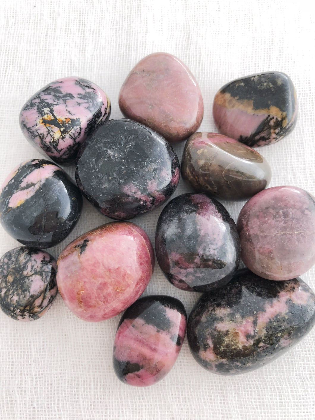 Rhodonite tumble crystals