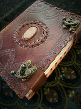 Load image into Gallery viewer, Leather journal medium - one stone
