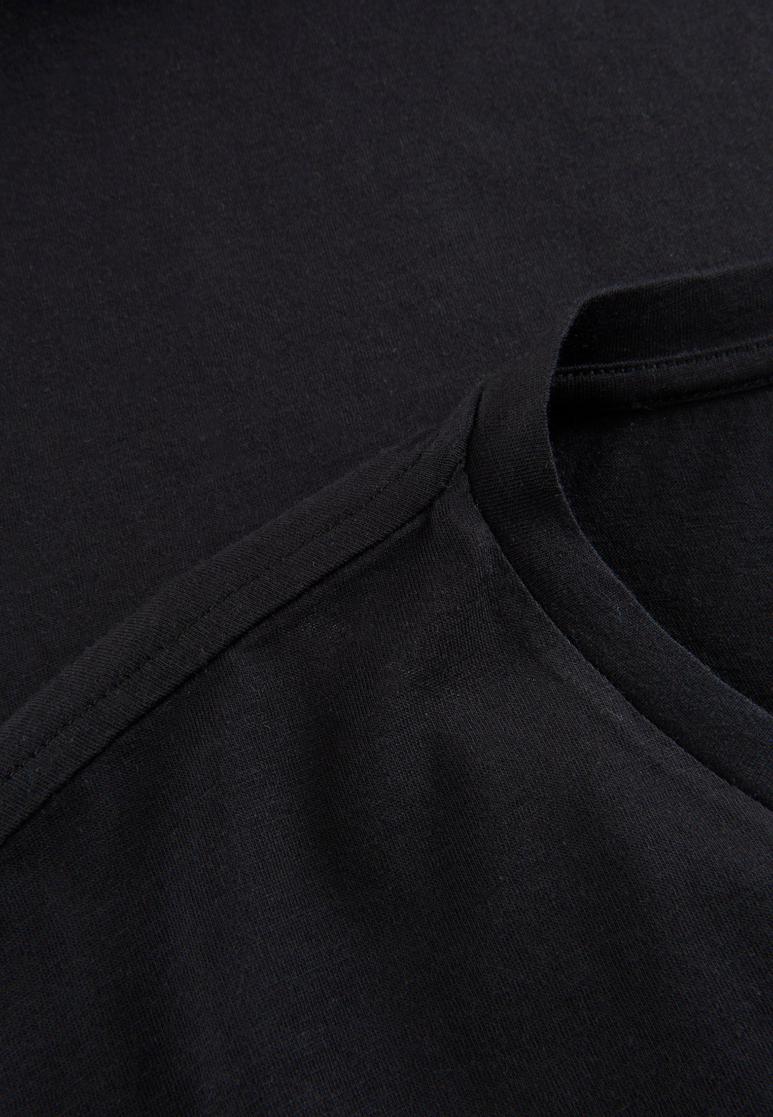 The Phyne Round Neck T-Shirt Black