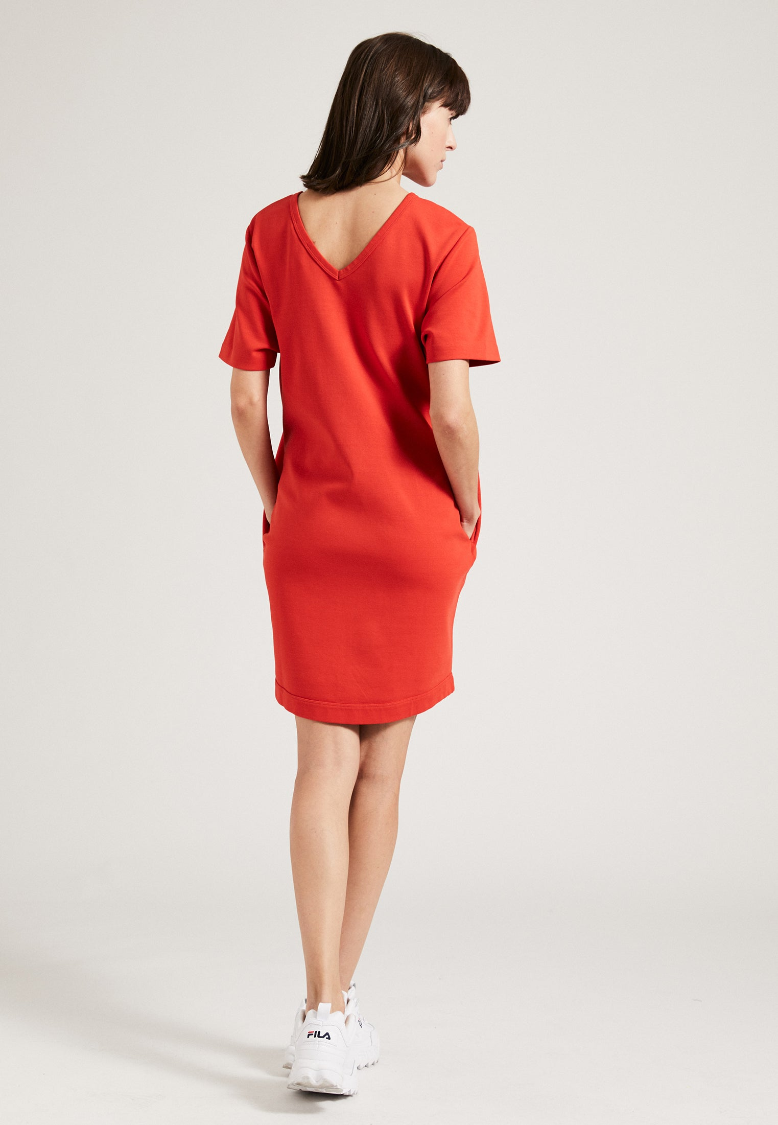The Short Sleeve Dress Red