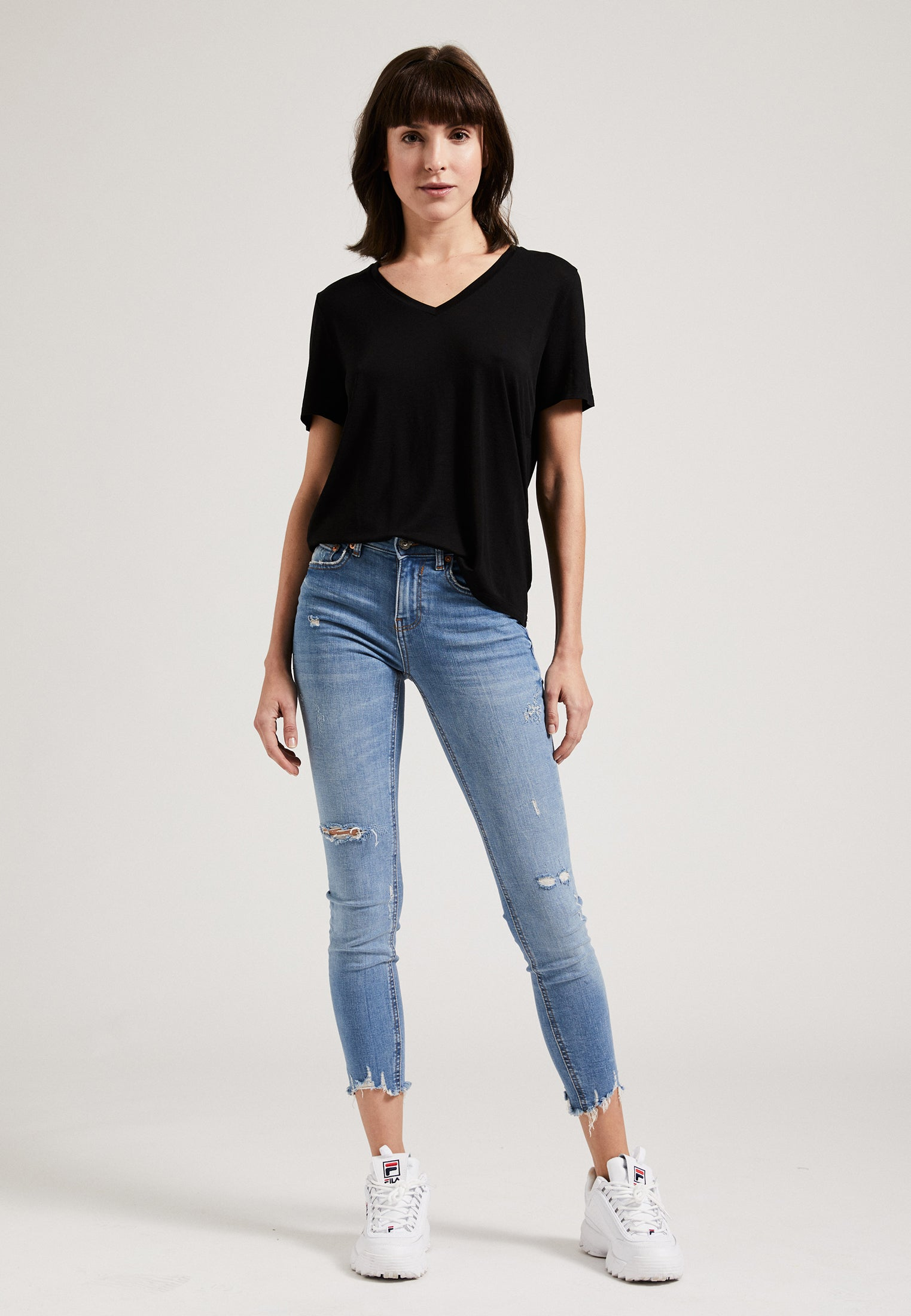 Tencel V-Neck T-Shirt Black