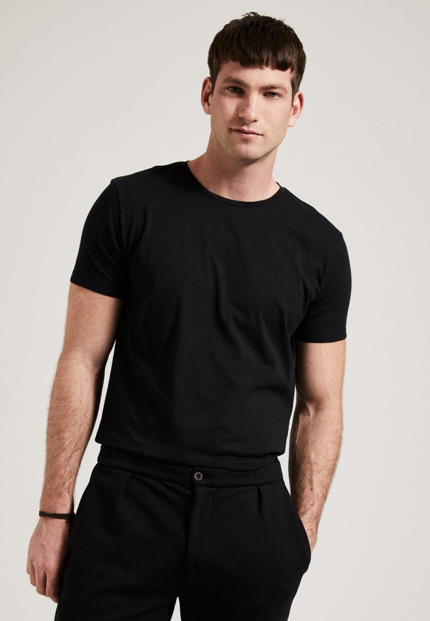 The Round Neck T-Shirt Black