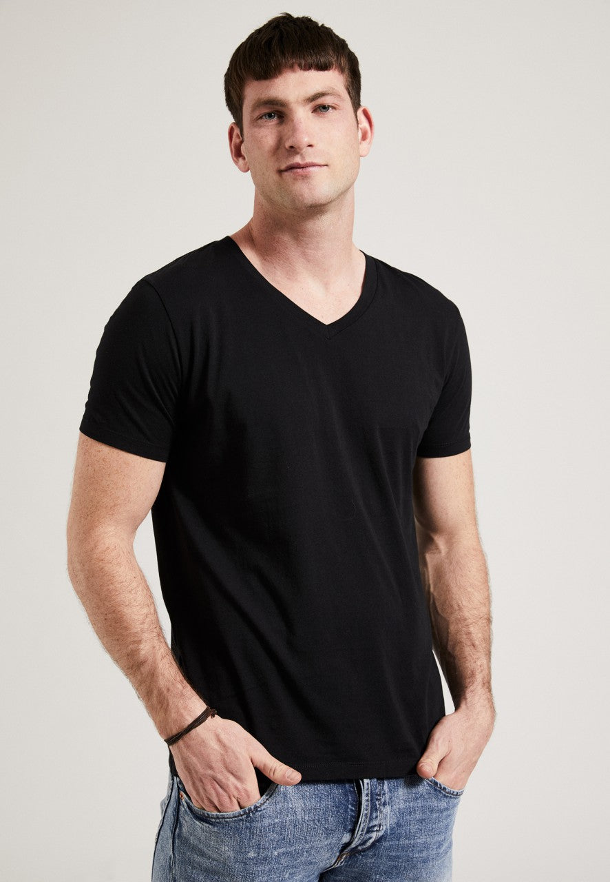 The V-Neck T-Shirt Black