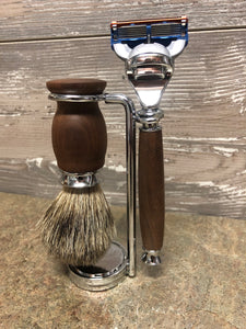 Kentucky Walnut Razor & Badger Brush Set