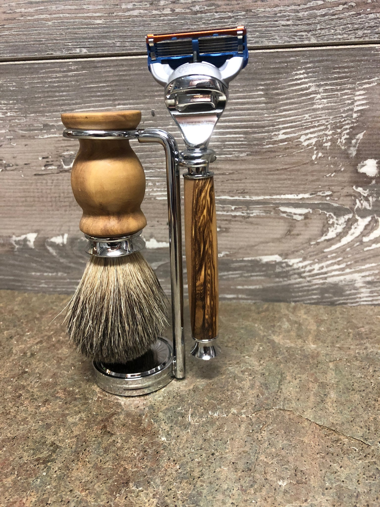 Bethlehem Olive Wood Razor & Badger Brush Set