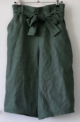 making of clare linen pant