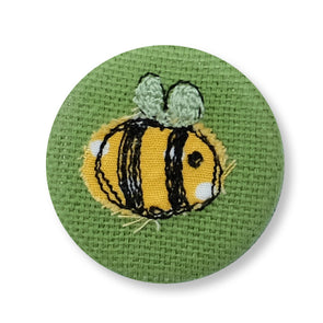 bee badge - pack of 5