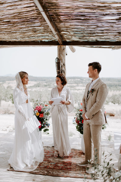 Twobirds bride, Steffy White, celebrates her wedding in Mallorca.