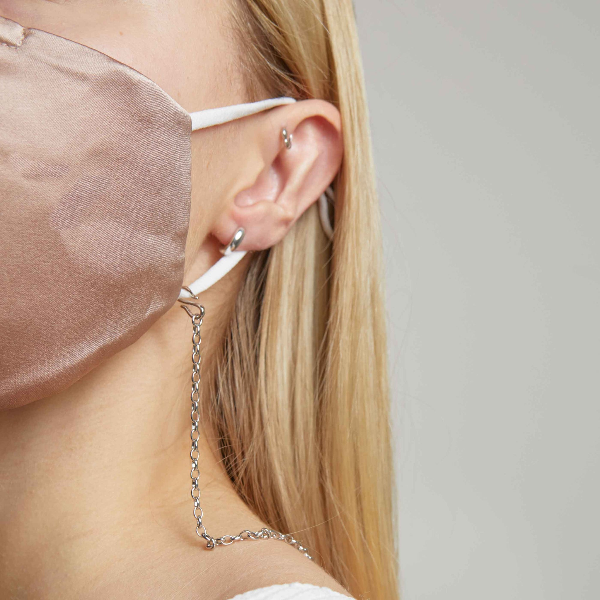 Pink Silk Face Mask & Chain in Silver