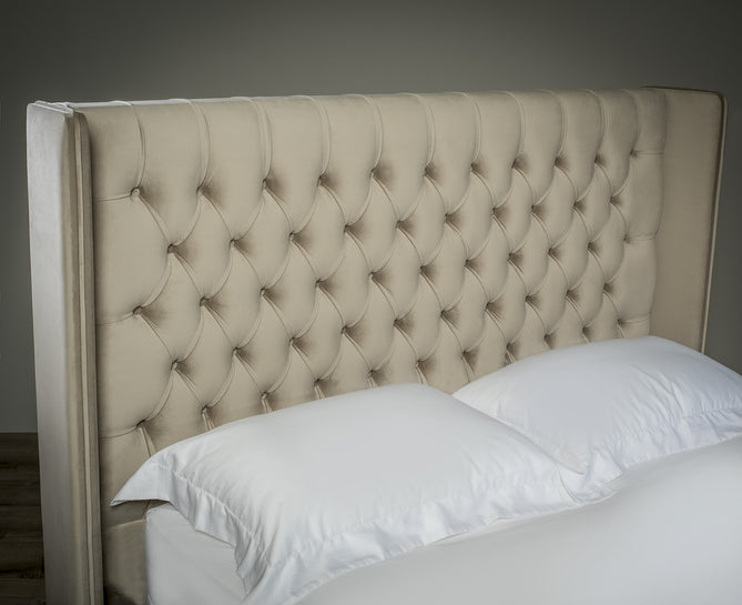 Liberty Winged Bed