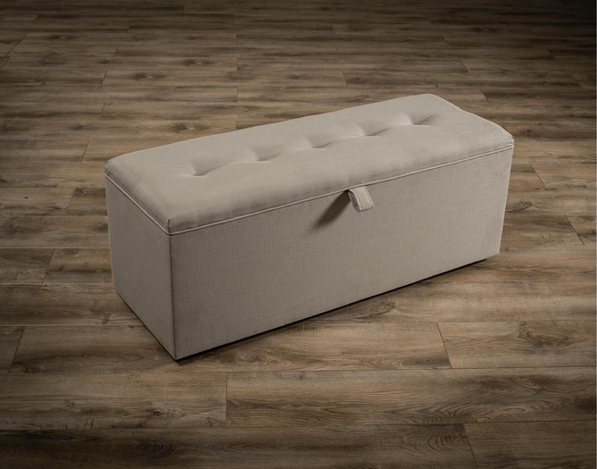 Retro Blanket Box