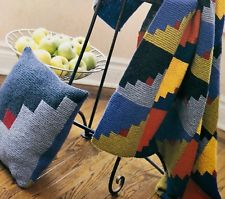 Home Decor Afghans & Pillows to Knit    Book 2           3610