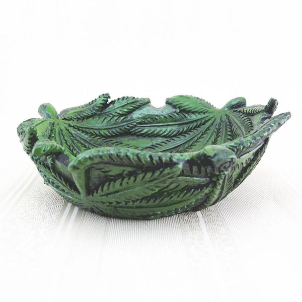 Marijuana Weed Leaf - Cannabis Ashtray - 420 Mile High
