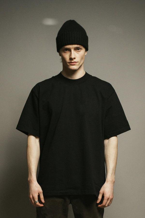 WHYAT Basic T-Shirt -black