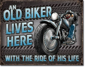 Old Biker Lives Here - aomega-products