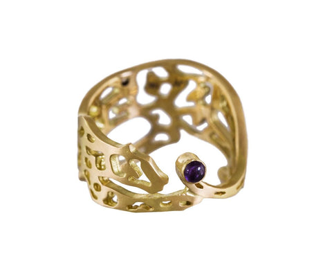 Yellow Gold Panther Cutout Ring with Amethyst - TWISTonline