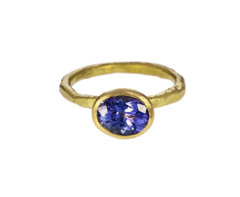 Oval Tanzanite Ring zoom 1_disa_allsopp_gold_oval_tanzanite_ring