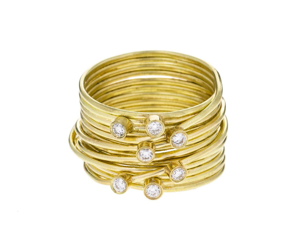 Grande Gold Spaghetti Ring with Diamonds - TWISTonline