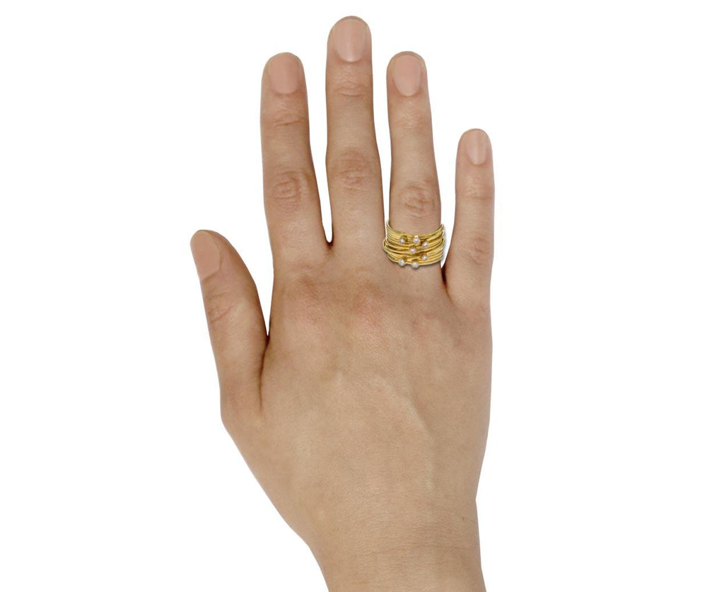 Grande Gold Spaghetti Ring with Diamonds zoom 9_disa_allsopp_gold_diamond_grande_spaghetti_ring