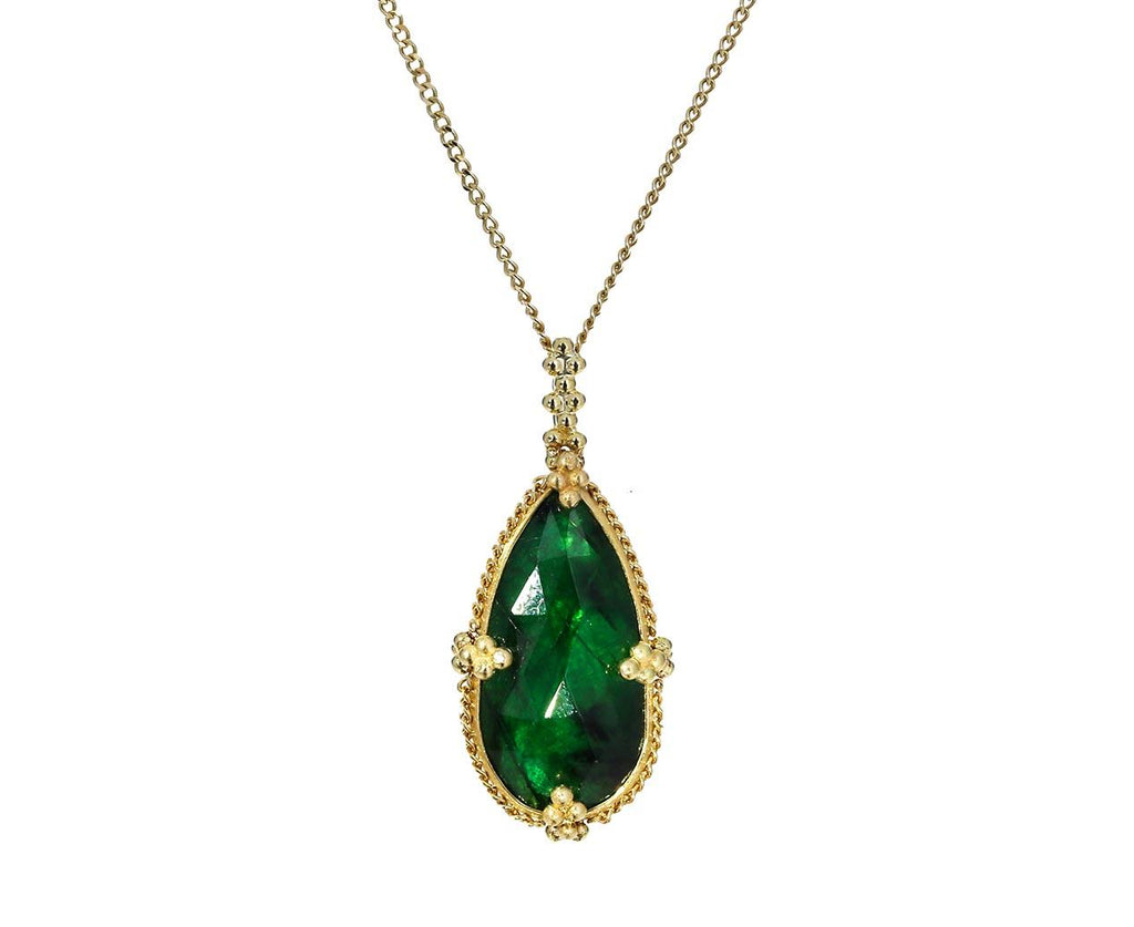 Emerald Necklace - TWISTonline